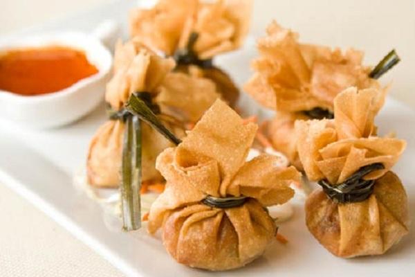 Money bags tung tong taste buds for Cuisine thai